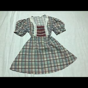 Tops - Vintage 70s plaid smocked tie back adorable top
